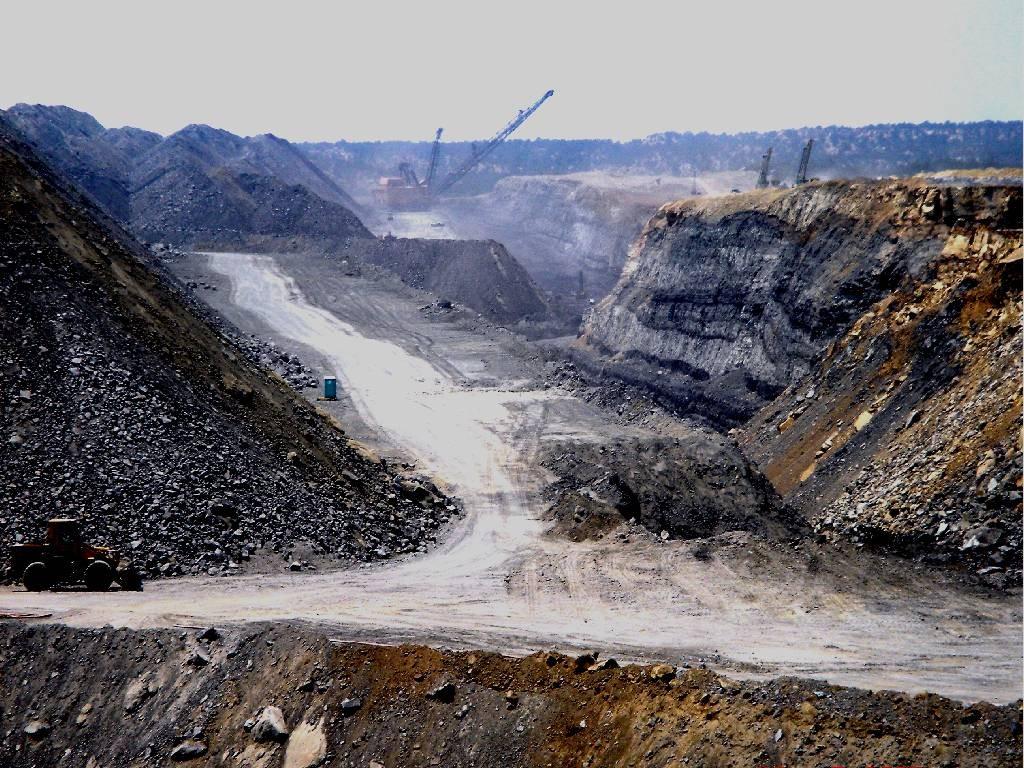 dragline_mining_coal